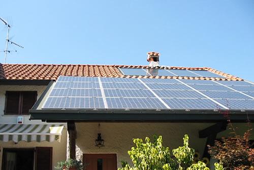 Gli italiani amano il fotovoltaico