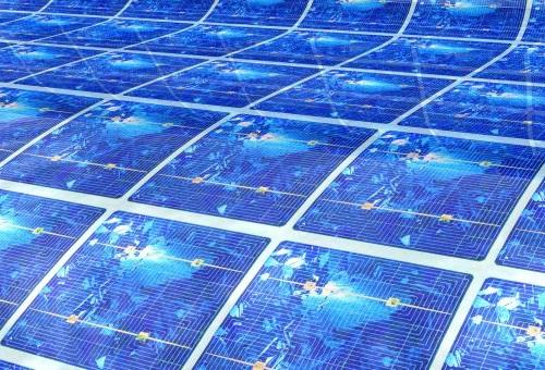 Fotovoltaico, la cella che si raffredda da sola. Produce e dura di più.